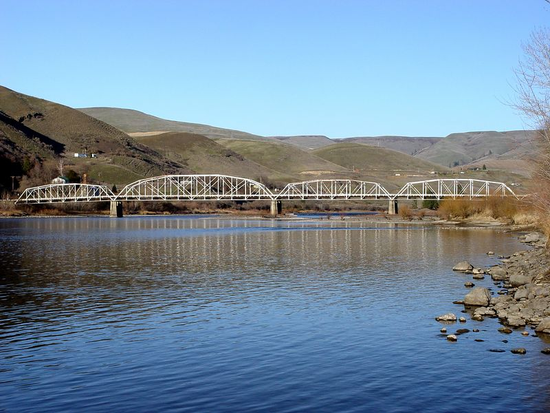 One-Way Bridge over Clearwater River at Cherry Lane