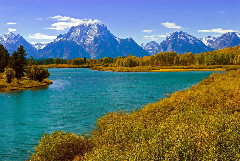 Snake River at Oxbow Bend with Mt. Moran in the Grand Tetons.