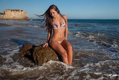 Beautiful Swimsuit Bikini Model Goddess! Brazilian Bikini Model!