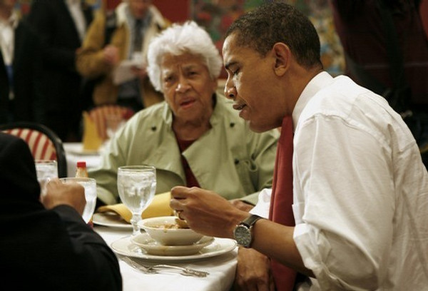 US Democratic presidential candidate Illinois Senator Barack Obama eats gumbo with restaurant owner Leah Chase during his visit at Dooky Chase restaurant in New Orleans, Louisiana, on February 7, 2008. Obama was in New Orleans, ahead of Louisiana's primary on February 9, and said the aftermath of Hurricane Katrina which ravaged the city in 2005 was a metaphor for a broken US government. AFP PHOTO/EMMANUEL DUNAND (Photo credit should read EMMANUEL DUNAND/AFP/Getty Images)