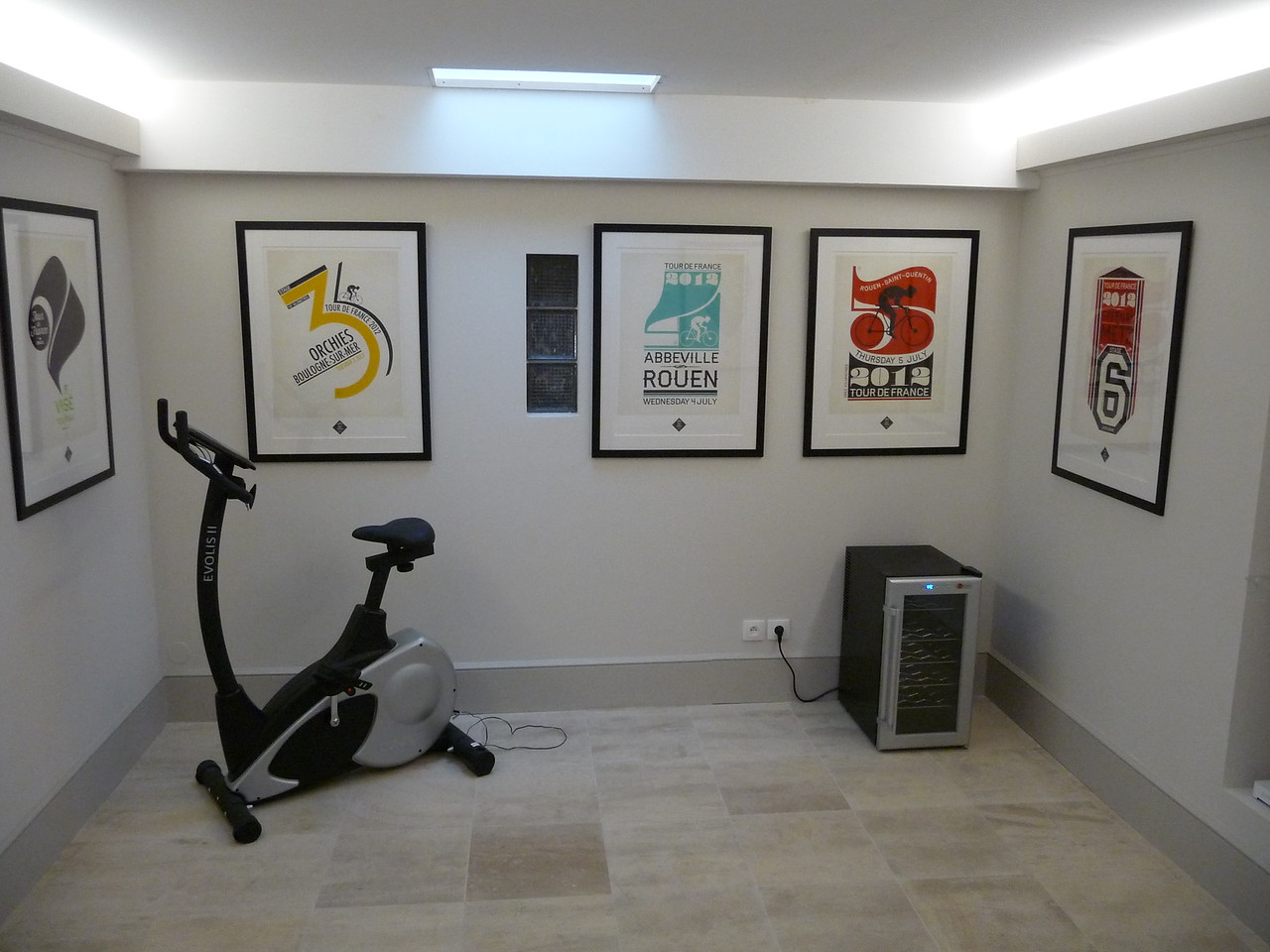 rear lobby gym area