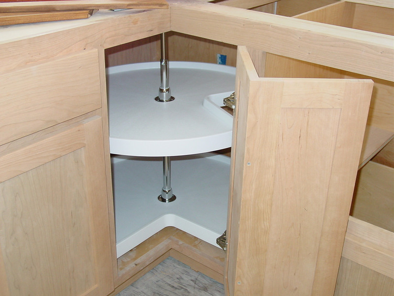"32"" ""Lazy Susan"" Corner Solution"