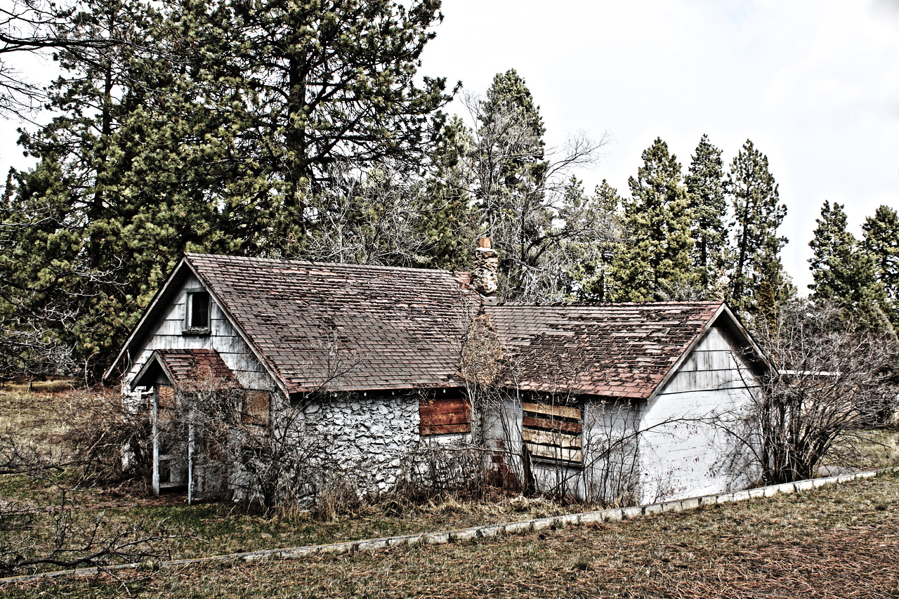 Old farmhouse on 8th Street
