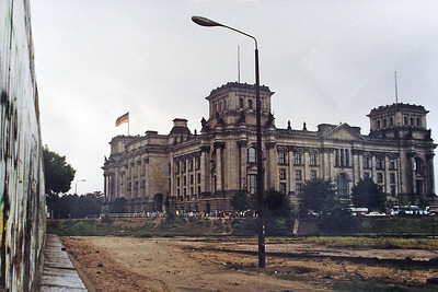 PICT0083  Reichstag, Berlin  September 1990 SM