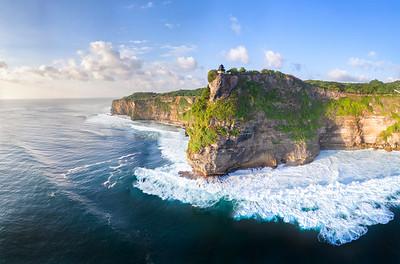 Surfing  at Uluwatu,Racetracks,Indonesia  Date: Jun 02, 2017 Time: 05:47.PM Model: FC6310 Lens: