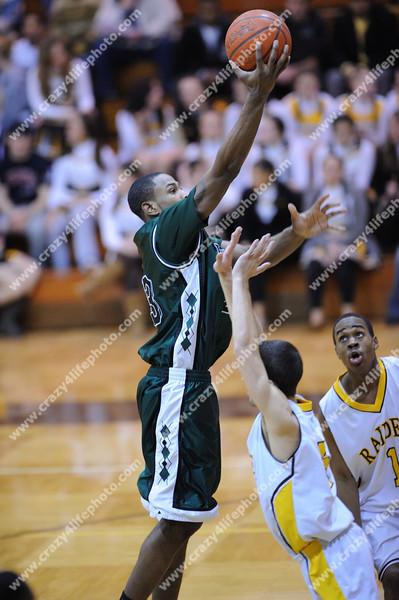 West Bloomfield v. North Farmington<br /> High School Boys Basketball<br /> 2008