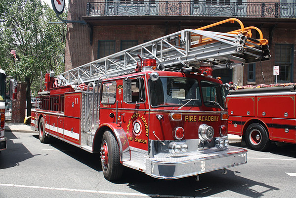 Photos from the Newark 43rd Antique Fire Apparatus Muster 6-6-10