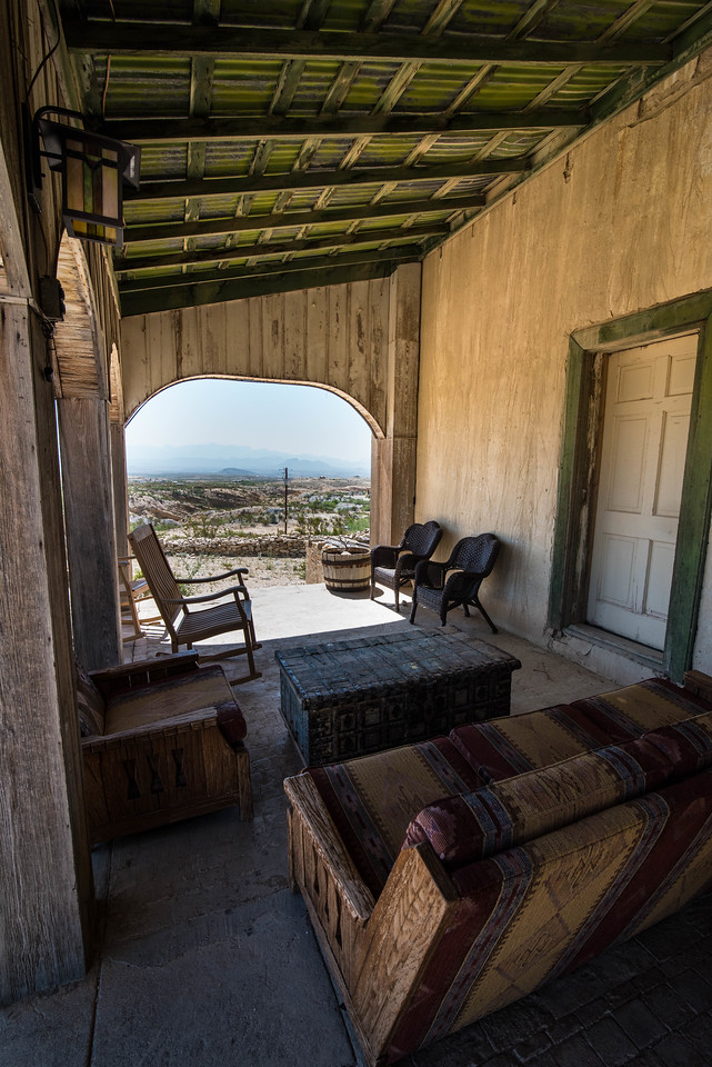 The Perry Mansion, Terlingua
