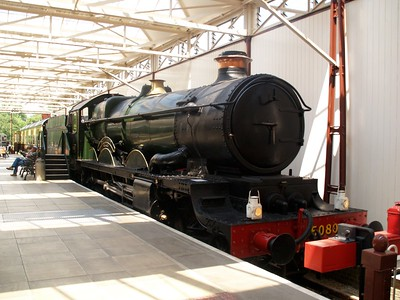 4-6-0 5080 'Defiant' seen at Bucks Railway Centre    29/06/09