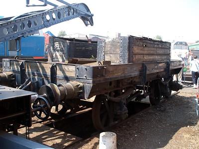4w 1 Plank Unknown Crane Runner for ADW 438      26/06/10
