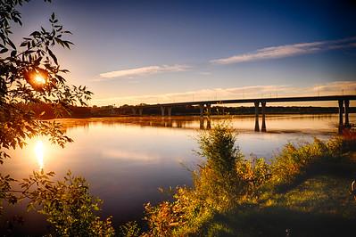 New Memorial Bridge over Missouri River