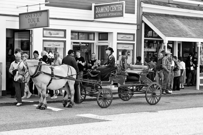 B&W version of a Skagway Limo used to tour Skagway.