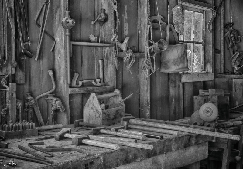 Blacksmiths Tool Bench