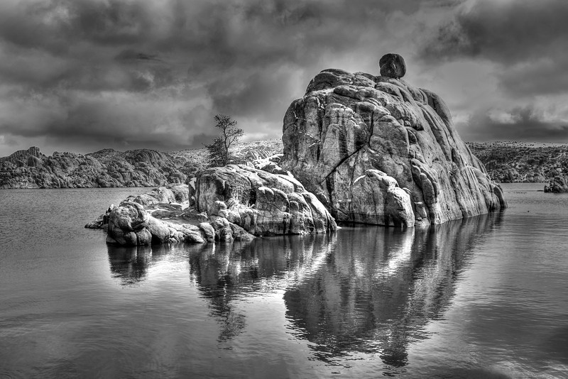 A winter storm blows over Watson Lake in Prescott Arizona.