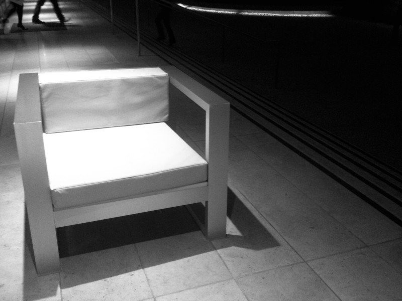 "<span id=""date"">_05/13/10_</span> <span id=""title"">White Chair</span> This chair can be found outside the Annenberg Space for Photography where I went for a lecture this evening. The speaker was Dennis Dimick, one of the executive editors at National Geographic. He gave a talk on environmental photojournalism that was really interesting. In other news, I got my <a href=""http://www.moo.com/"">moo.com</a> business cards today! They look great! I highly recommend them.  <a href=""http://www.jawsnap.net/gallery/7157835_BfJPF#537979599_SLvGR"">[last year]</a>"