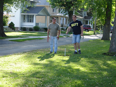 Block Party 2006  Tom and I playing Horse Shoes
