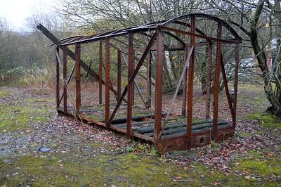 Grounded 10t Vent Van 79596 derelict (FO)    29/11/15