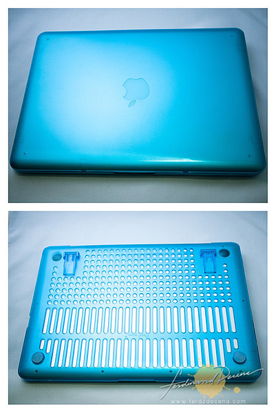 The MacBook Pro fitted with the iPearl Case