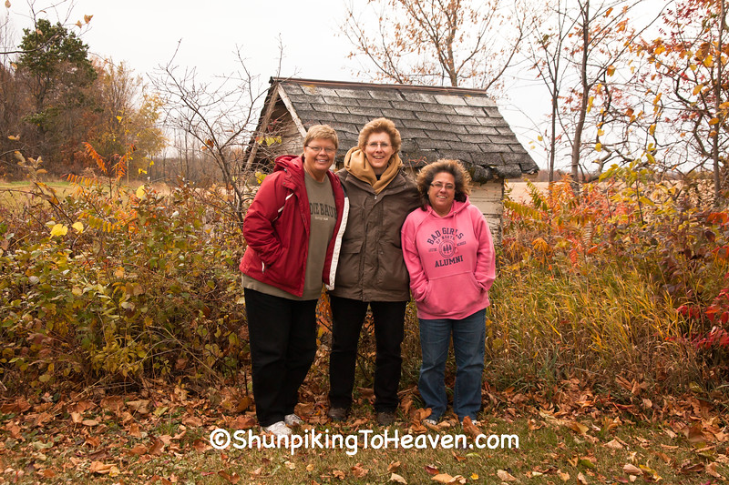 Marlys, Joann, and Julaine by Outhouse of Rognstad School, Vernon County, Wisconsin