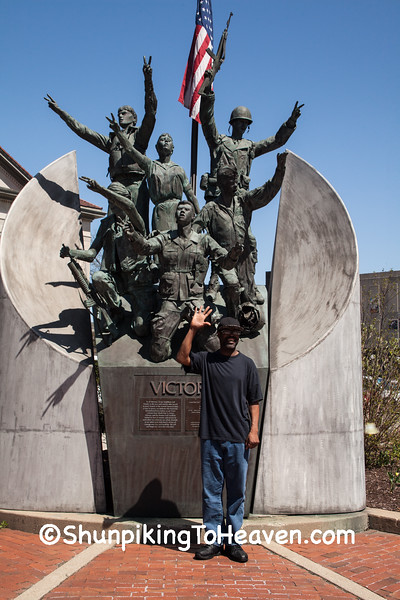 """""""Victory"""" Veterans Memorial, Rockford, Illinois"""