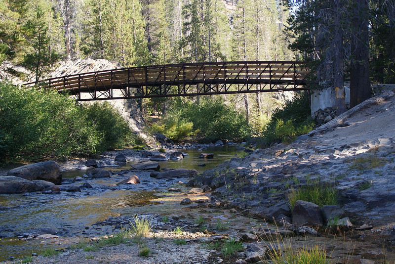 Looking at the bridge that lets you pass to Soda Springs in Devils Postpile.