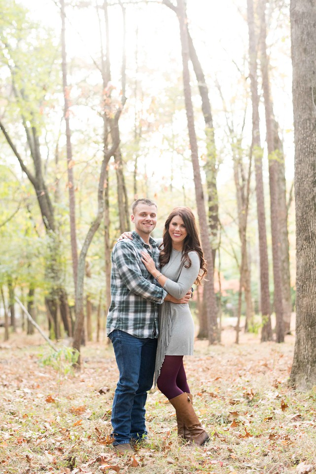 Knoxville Engagement Pictures Knoxville Engagement Pictures Riverview Family Farm Engagement Pictures