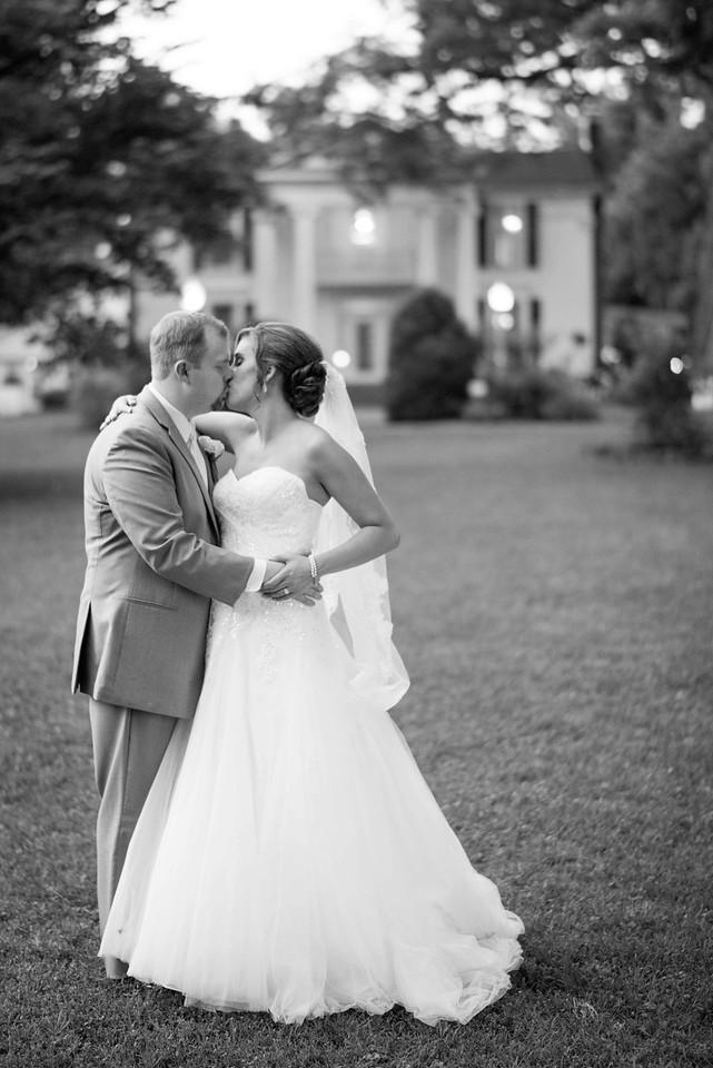 Nashville Wedding Photographers
