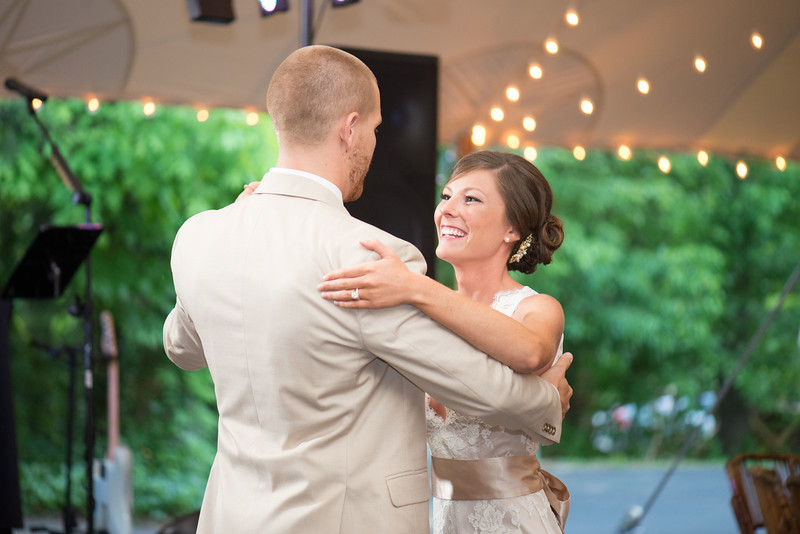 Knoxville Wedding Photographer at RT Lodge