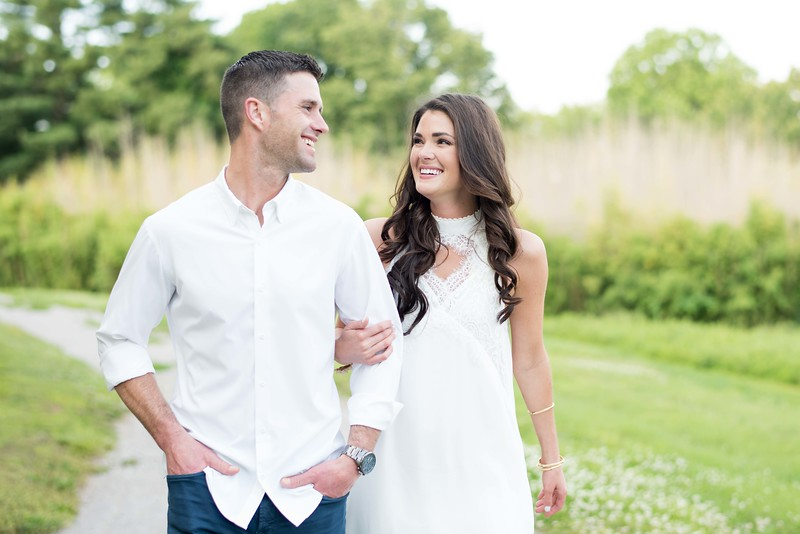 Knoxville Wedding and Engagement Photographers