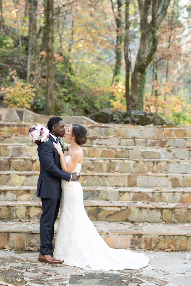 Dara's Garden Knoxville Wedding Photographers