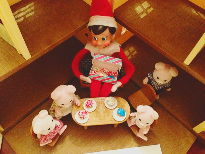 Elf brings donuts and has mini donuts in the calicro critters.  Elf on the Shelf ideas by Carey Pace