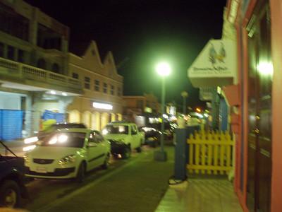 Downtown Kralendik.