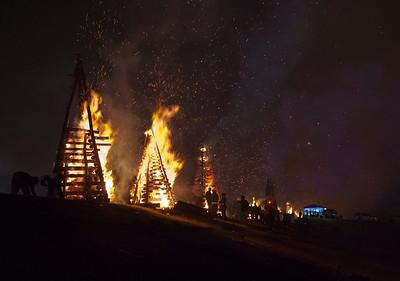 BonfiresXmasEve_Select_JPEG-4233