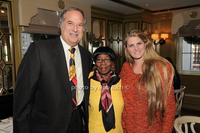 Stewart Lane, Claudette, Bonnie Comley<br /> photo by Rob Rich © 2009 robwayne1@aol.com 516-676-3939