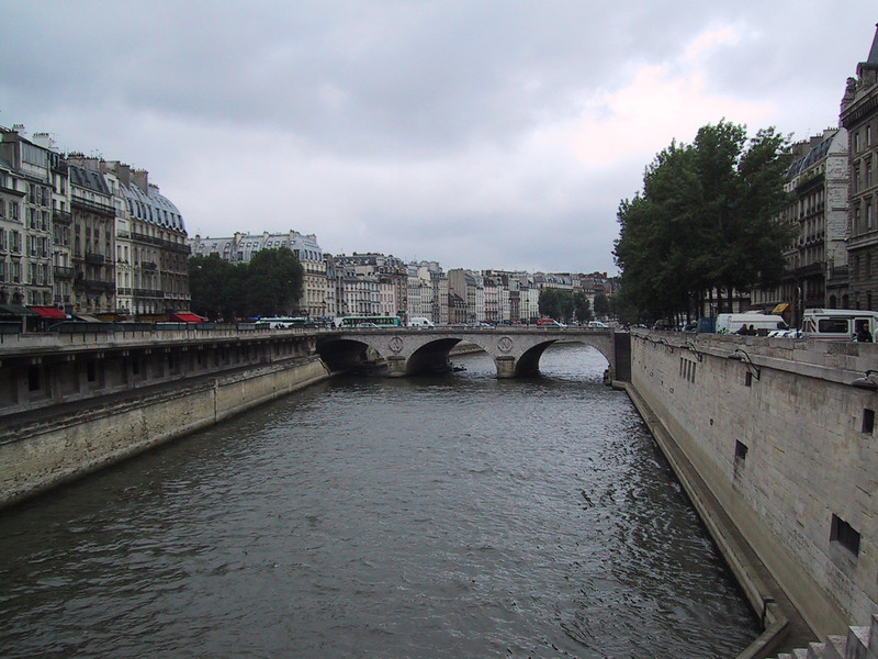 Paris: Seine river