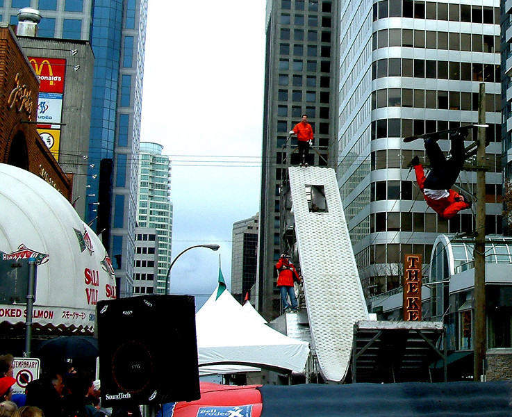 Snowless Ski/Snowboard Demo in Vancouver