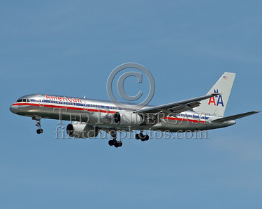 American Airlines Jet Short Final To Logan's Runway 33 Left - May 28,2006