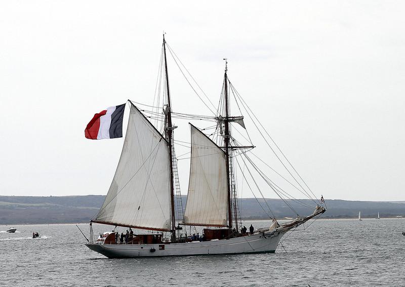 The French sail training ship L'Etoile
