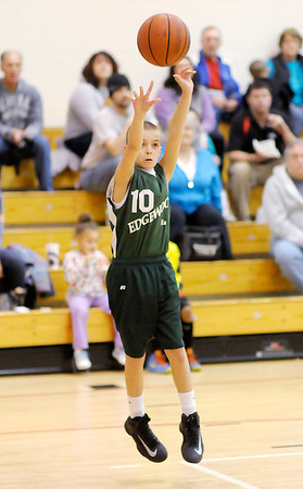 Edgewood's Gavin Barron shoots the ball.