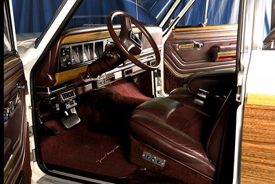 Jeep interior driver side 3