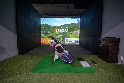 Ben Hogan Golf Setup at Element Indoor Golf