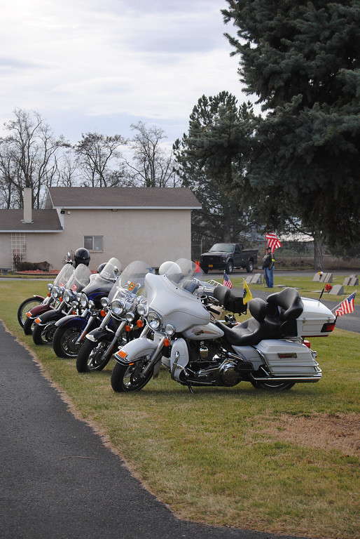 Rolly Cassens funeral/Military-Honors