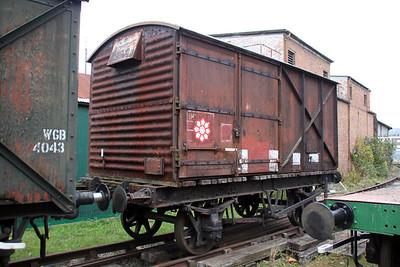 Van 855123 upon an UID Flat (Black) at the Bristol Harbour Railway Museum 04/12/11