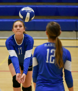 plainville-girls-volleyball-survives-second-round-match-against-sheehan-moves-on-to-class-m-quarterfinals