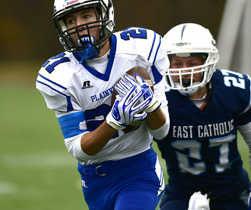 plainville-football-finishes-winless-season-with-blow-out-loss-against-farmington