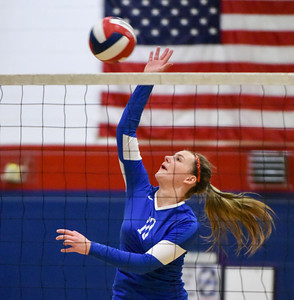 plainville-girls-volleyball-knows-it-has-to-be-consistent-for-an-entire-match