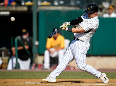 new-britain-bees-outhit-lancaster-barnstormers-to-earn-139-win