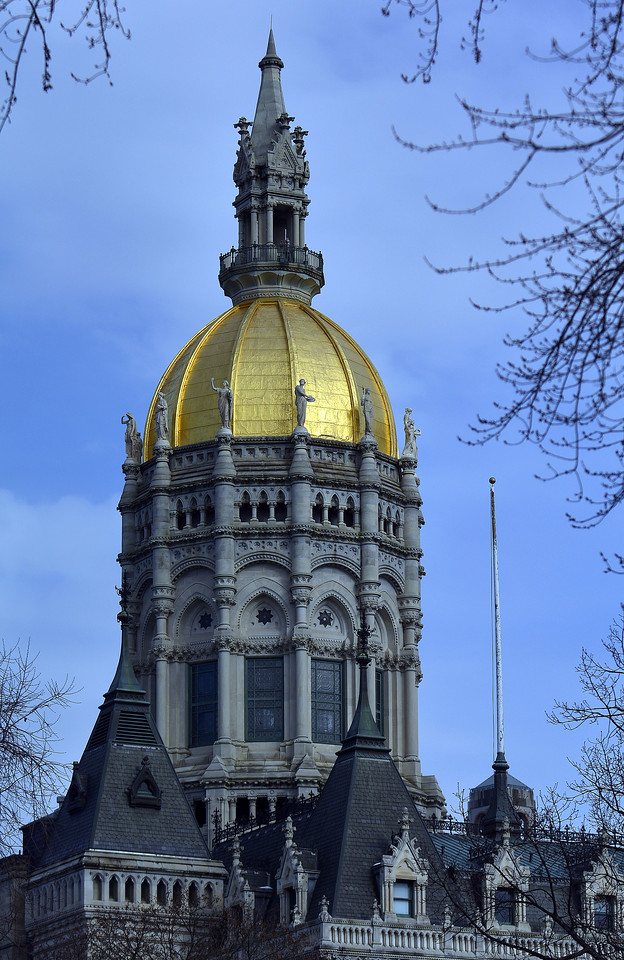 1/26/2017 Mike Orazzi   Staff The state capitol in Hartford Thursday morning.