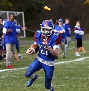 st-paul-football-blows-out-wilby-to-get-back-in-win-column