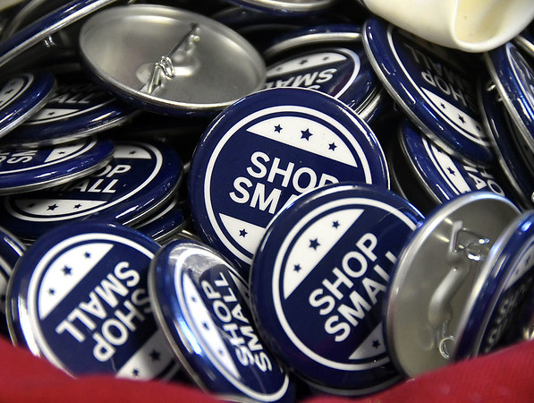Shopsmall-br-112617_9489